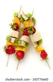 Fresh fruit on the skewers