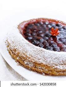 Fresh fruit tart with cherries