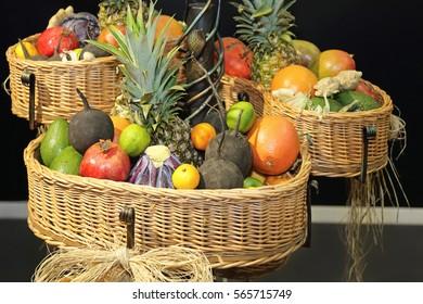 Fresh Fruits and Beggies in Big Basket