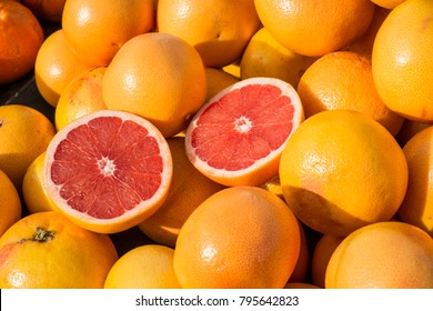 Fresh grapefruit on a street market stall