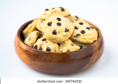 Fresh Homemade butter cookies with chocolate-chips in wooden bowl