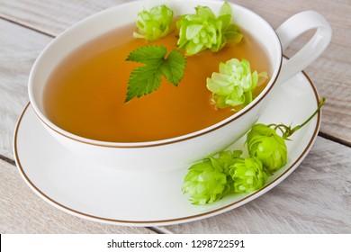 Fresh hop and herbal tea