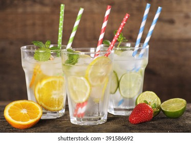 fresh lemonade with colorful straws