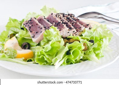 fresh lettuce salad with pan-seared red tuna,food