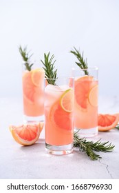 Fresh lime and rosemary in combination with fresh grapefruit juice and tequila. This cocktail is full of vibrant citrus flavors and aromatic herbs, showcasing the best of winter seasonal fruits.