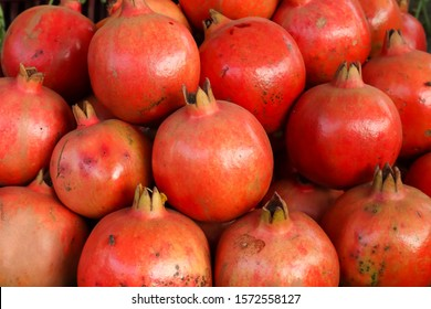 fresh many pomegrate for sale