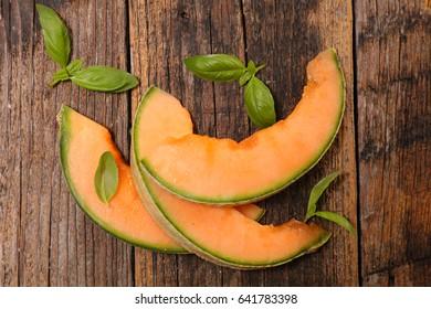 fresh melon slices