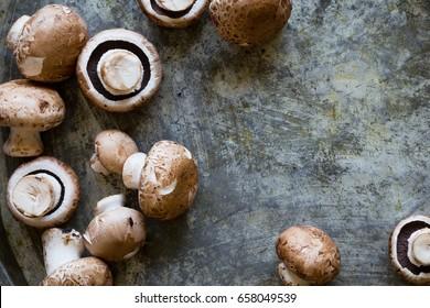 Fresh mushrooms, overhead angle