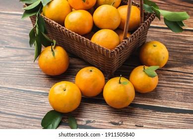 Fresh oranges with good taste from Thailand