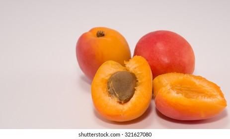 Fresh Organic Apricot