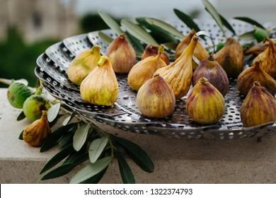 fresh, organic figs drying in the sun