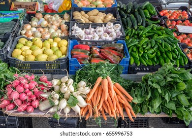 Fresh organic vegetables on a market stall.
