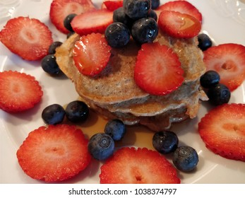 Fresh panckake with fresh and healthy fruit