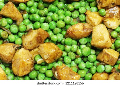 Fresh peas with chicken