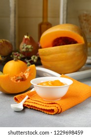 fresh pumpkin puree from organic vegetable