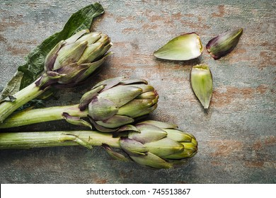Fresh raw italian artichokes