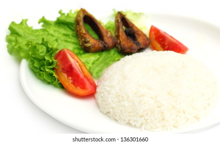 Fresh rice with fried hilsa or Ilish fish of Southeast Asia