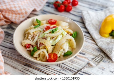 Fresh salat with vegetables