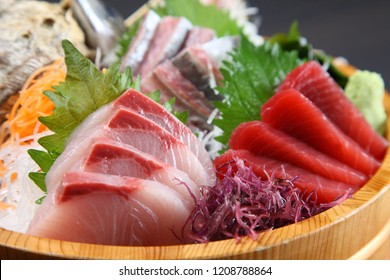 fresh sashimi combo in a tub