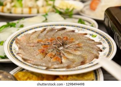 Fresh shrimp for suki