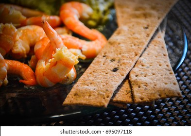 fresh shrimps & avocado puree
