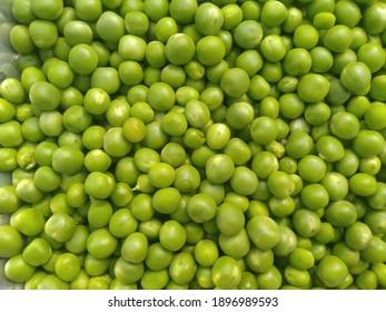 Fresh Small Peeled Green Peas