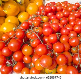 Fresh small red cherry tomatoes