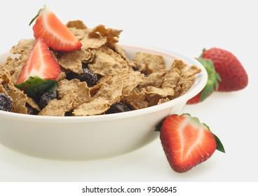 fresh strawberry sereal flakes breakfast milk fitness