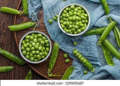 Fresh sweet pea pods