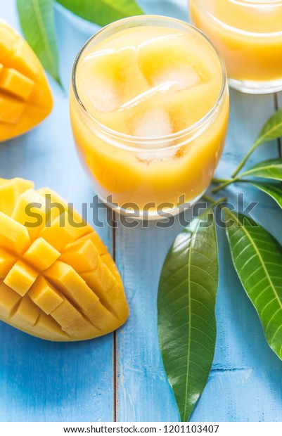 woden mango