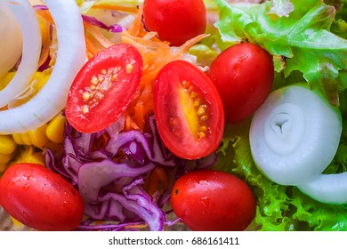 Fresh vegetable salad for diet healthy concept