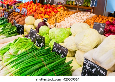 Fresh vegetables on a farmers market stall
