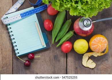 Fresh vegetables that good for the health, rustic wood background, Food and health concept, diet plan with healthy food