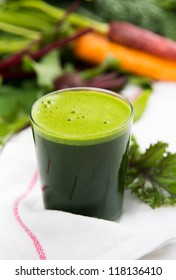 Freshly Squeezed Kale and Spinach Juice