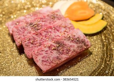 Freshness Japanese wagyu Sirloin meat BBQ yakiniku