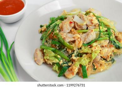 fried chicken sukiyaki with vegetable and sukiyaki sauce