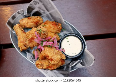 Fried Chicken Wings with Alabama White Sauce