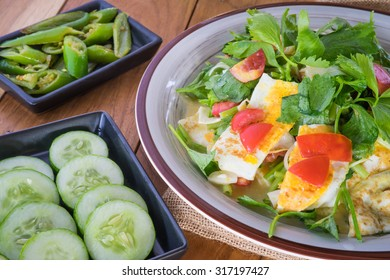 fried egg salad, in thai we call yum kai dao thai style