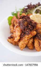 Fried fish with chilli sauce