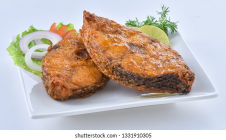 Fried Fish with salad