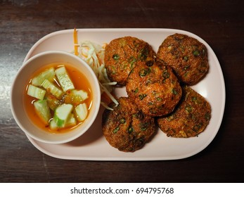 fried fish-paste balls