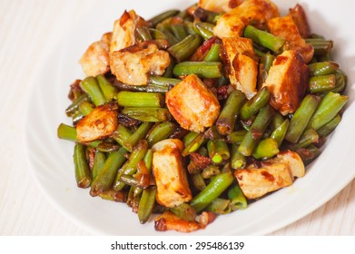fried green beans with meat