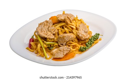 Fried noodles with pork and vegetables
