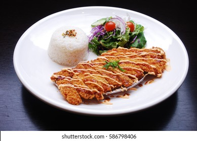 fried pork with salad & rice - Crispy fried pork, tonkatsu , Japanese food