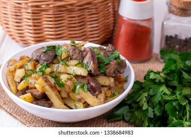 Fried Potatoes with Onions and Liver, horizontal
