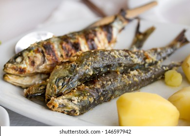 fried sardines with boiled potato