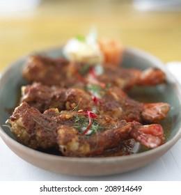 Fried shrimp curry sauce, Thai food style