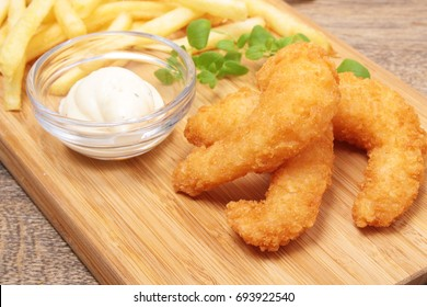 Fried Shrimp and Fries and oregano