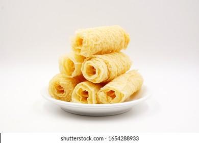 Fried soybean rolls for hotpot