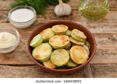 Fried zucchini in a bowl